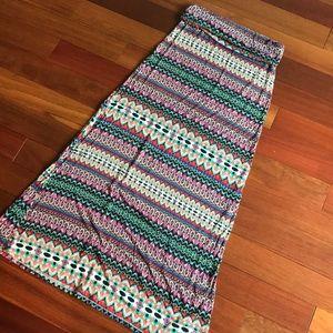 Long multicolored skirt